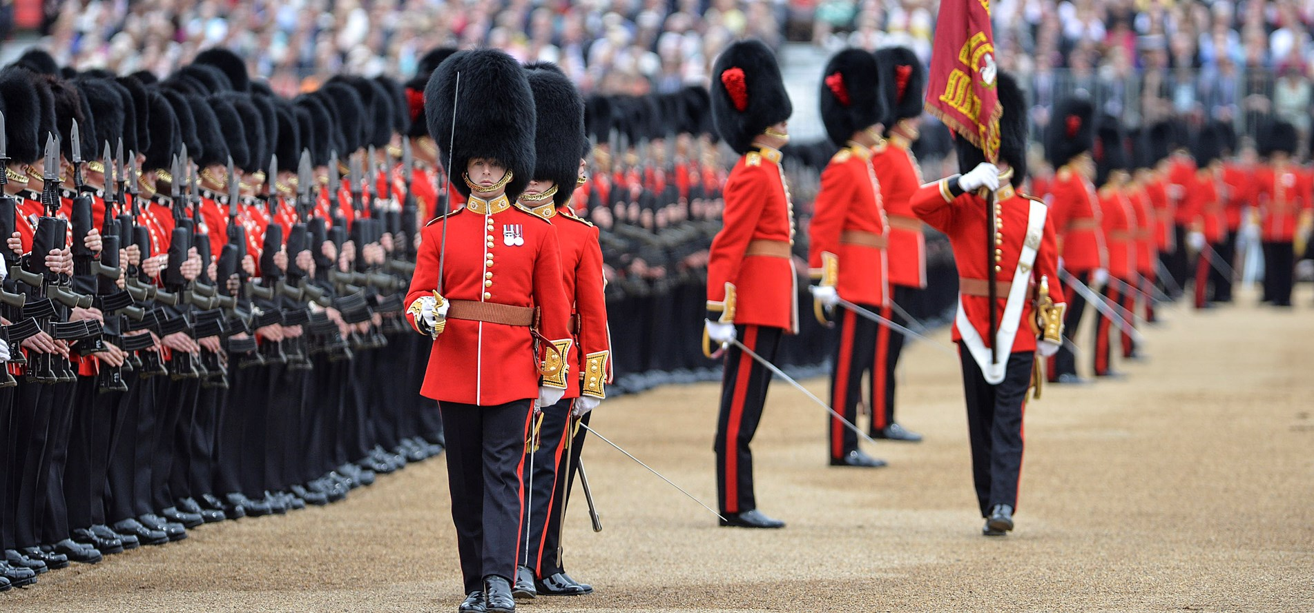 Trooping_colour_1903x889.jpg