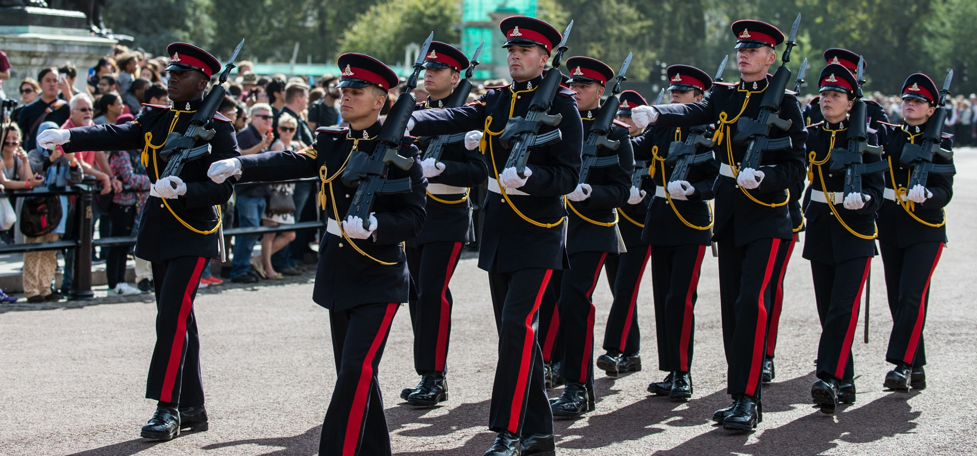 Changing_ofthe_Guard_1903x889.jpg