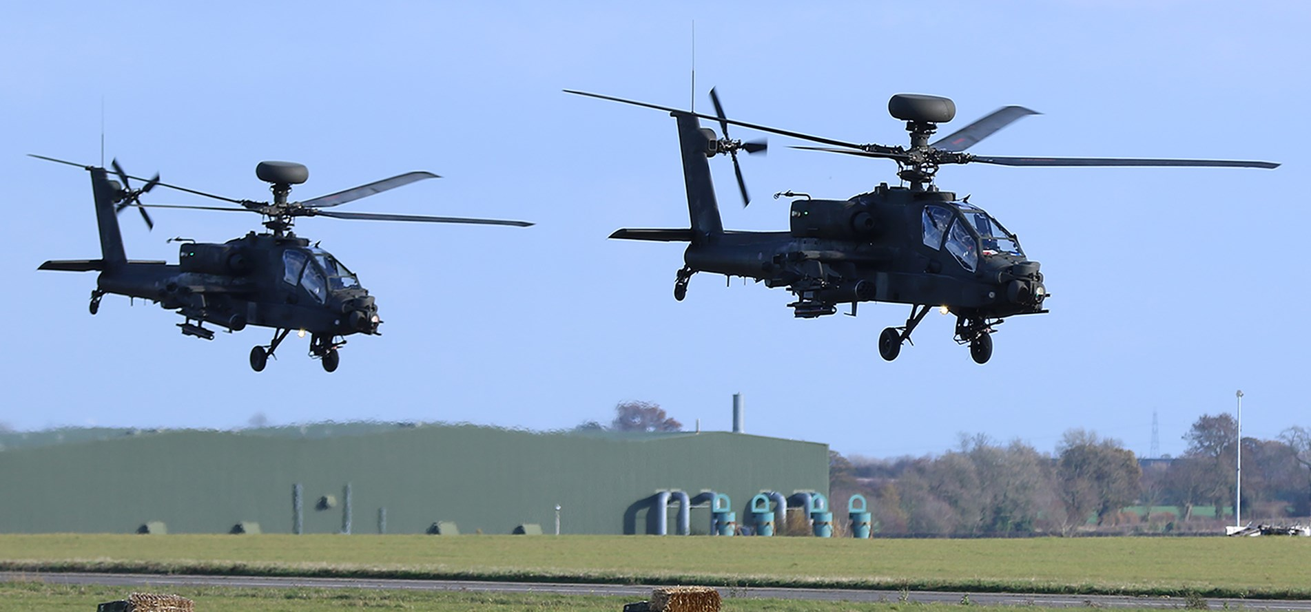 Apoemid 083 Attack Helicopters 021 Anchor Center Mode Crop Width Height 889 Rnd Image From Centre Python