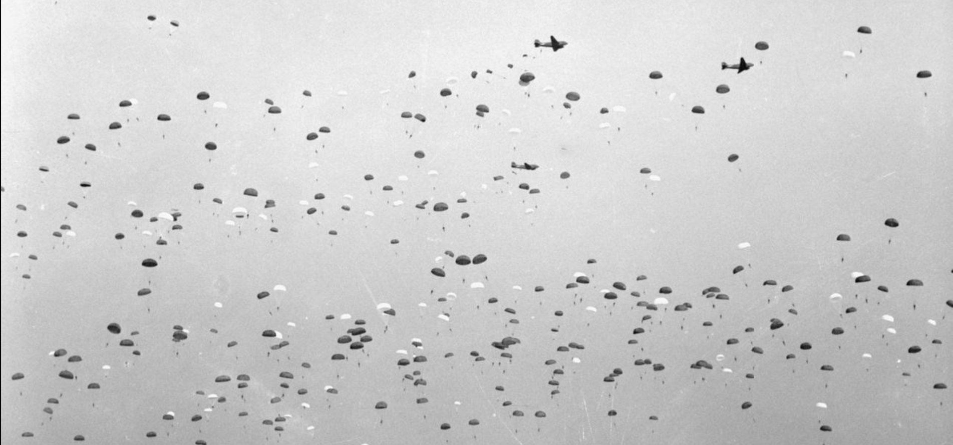 © H 36950 The US 10st Airborne Division stages a mass paratroop drop at Lambourn in Berkshire during a visit by Prime Minister Winston Churchill, March 1944..png